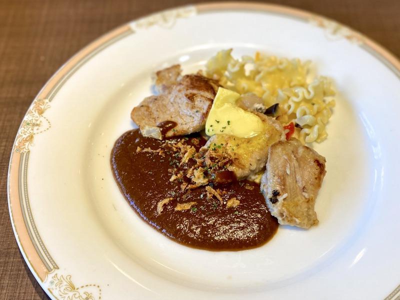 高井戸のフォルクスの豚フィレのグリルデミバターソース