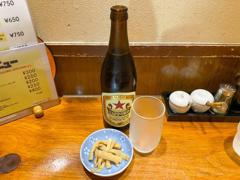 吉祥寺の珍来亭の瓶ビール