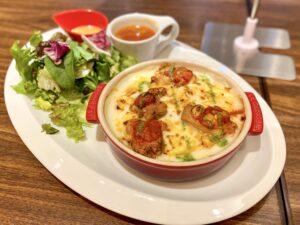 むさしの森珈琲浜田山店のチキンドリアトマトバジルソース