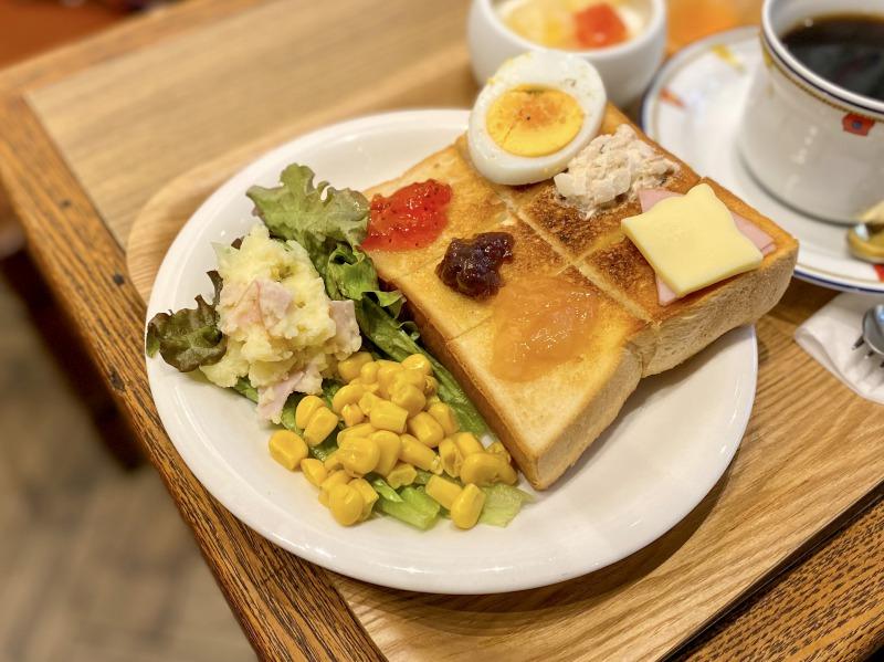 喫茶マカボイのトースト