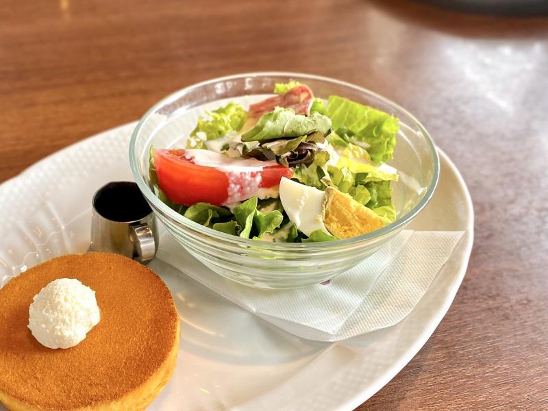 星野珈琲店高井戸店のサラダ&パンケーキのサラダ