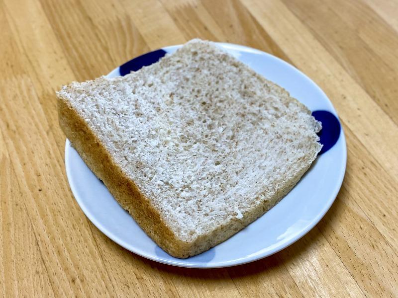 浜田山のブラウンブラウンの全粒粉の食パン(生)