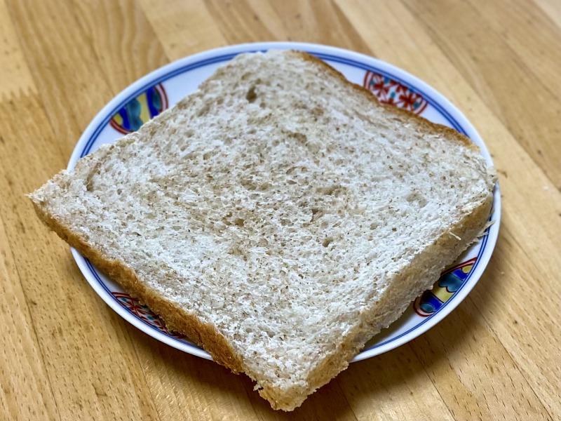 浜田山のブラウンブラウンの全粒粉の食パン(トースト)
